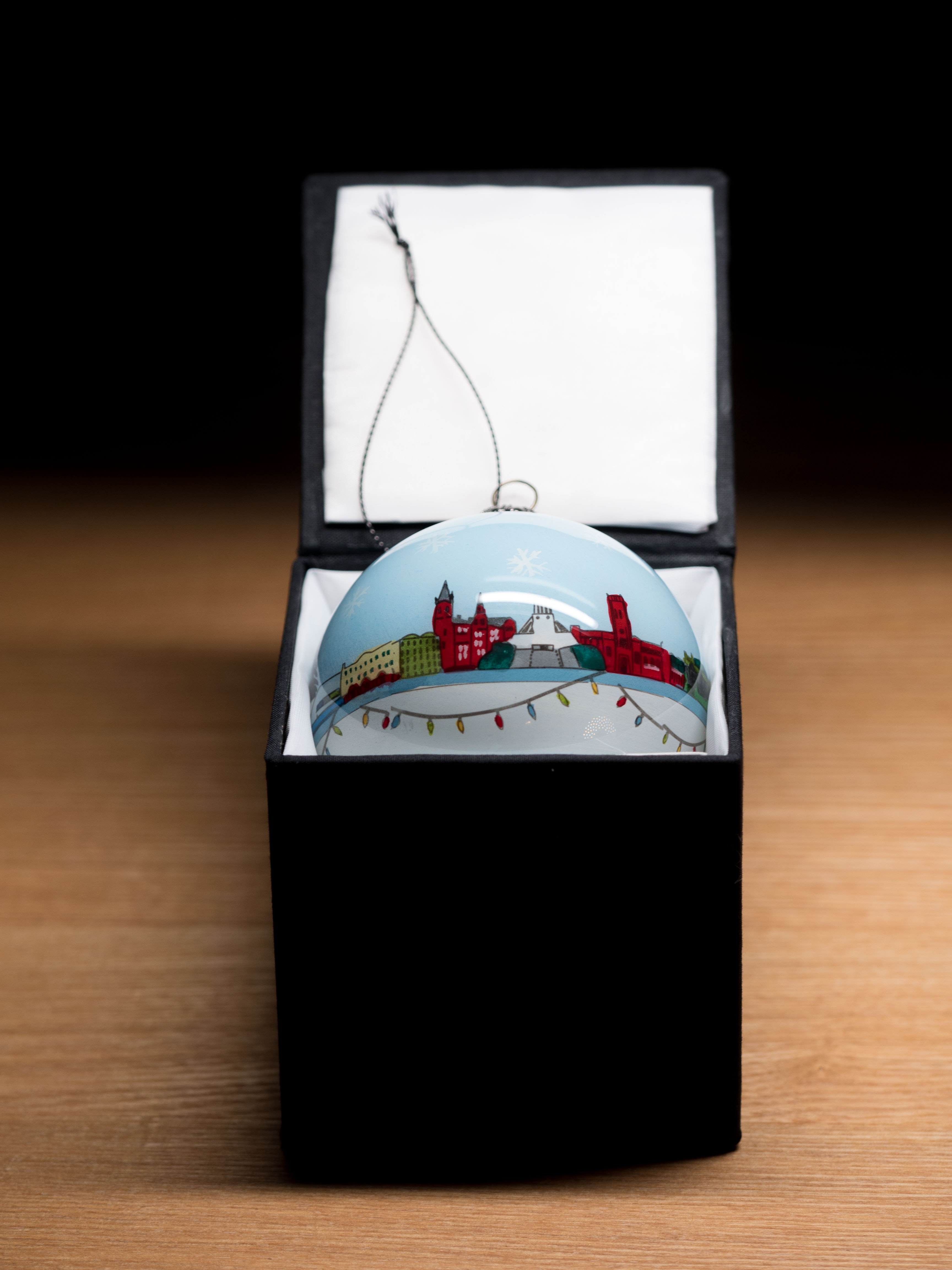 Liverpool Bauble – Skyline