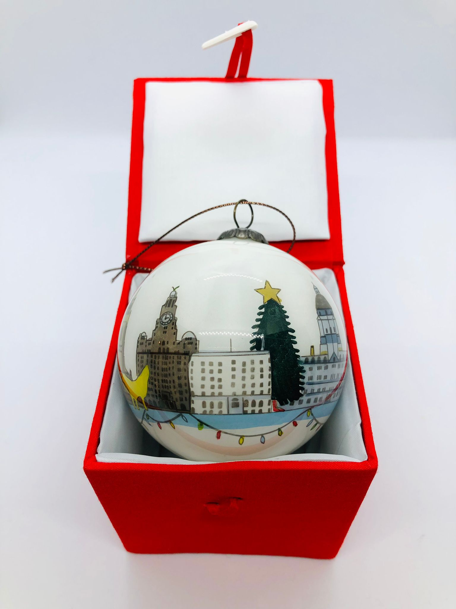 Liverpool Christmas Bauble – White